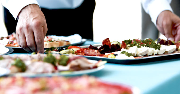 How your restaurant can expand into catering