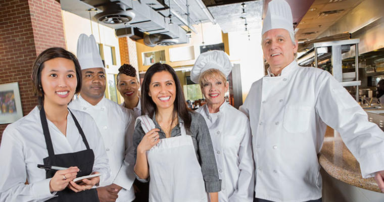 How to Manage your Multigenerational Restaurant Food Service Staff