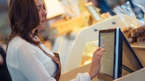 Six steps to implement technology in a restaurant