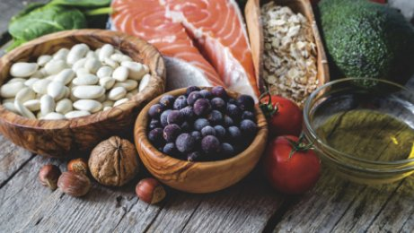 Brain-healthy foods featured in diets good for the mind